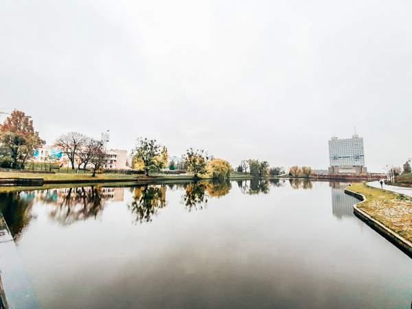 下层泳池酒店-加里宁格勒