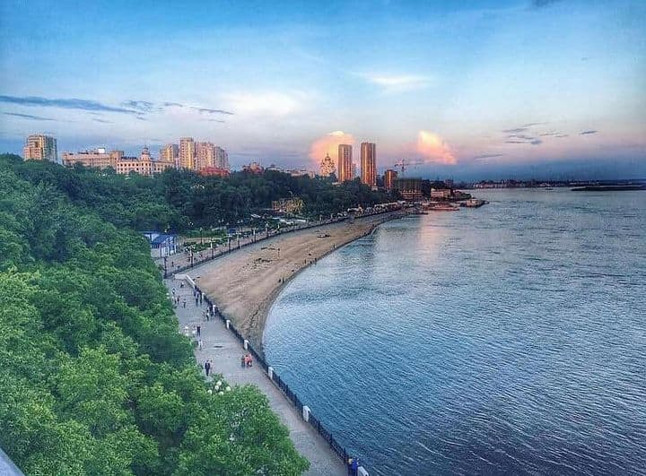 The Russian city of Khabarovsk in the summer