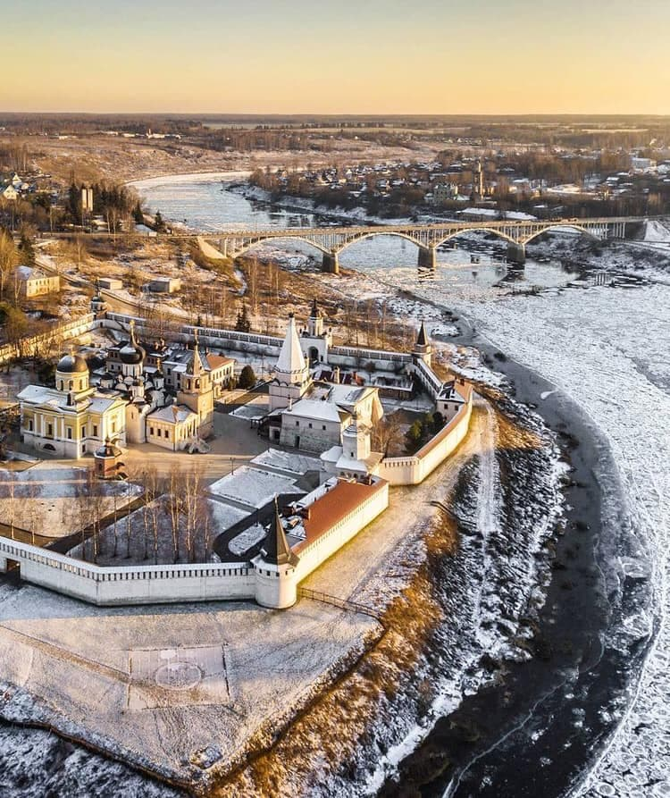 The city of Tver Sekia in the winter in the afternoon ...